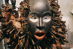 QF4C7744-2 (leslilundgren) Tags: mask lips nails africanmask pittriversmuseum lipsandnails