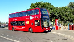 Ooppss wrong route!! (Dave Growns) Tags: 10455 sn65nzm stagecoachsouthwest stagecoach southwestbuses southwest enviro400mmc mmc400 alexanderenviro400mmc alexanderdennisenviro400mmc e400 mmc redparkride honitonroadparkride parkride exeterparkride uk bus buses lowfloor publictransport matford matfordparkride greenparkride