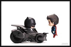 Face-Off (PowerPee) Tags: toys superman batman dccomics batmobile clarkkent brucewayne kalel hottoys cosbaby photoygraphy fujixpro2