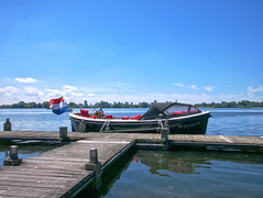 De schone lei (michieljacker) Tags: rotterdam rotjeknor kralingseplas water park lake boot sailing deschonelei pier dok