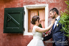 Touch of your hand (Alberto Cassandro) Tags: wedding friends love bride nikon sigma happiness weddingparty weddingday weddingphotography sigmalenses nikond810 sigmaart sigma35mmart