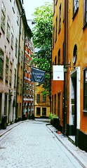 Small Street in Gamla Stan (pegase1972) Tags: street europe sweden stockholm gamlastan scandinavia