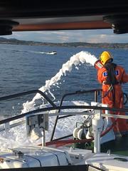 Brann i fritidsbt Nevlunghavn (Redningsselskapet) Tags: brann oppdrag stormbull btbrann brannslukking assistanse