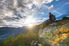 Sonnenaufgang auf dem Berg (Burr_Brown) Tags: sunrise sonnenaufgang berg mountain wanderer frhaufsteher fels frhstck ahorn zillertal ahornbahn natur