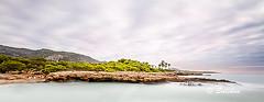 Cala Mundina 01 (Santiago Vidal - Saliken) Tags: calamundina alcossebre alcaladechivert mar sea seascape agua cielo nubes largaexposicion longexposure filtros nd canon eos 7d sigma1020 sigma