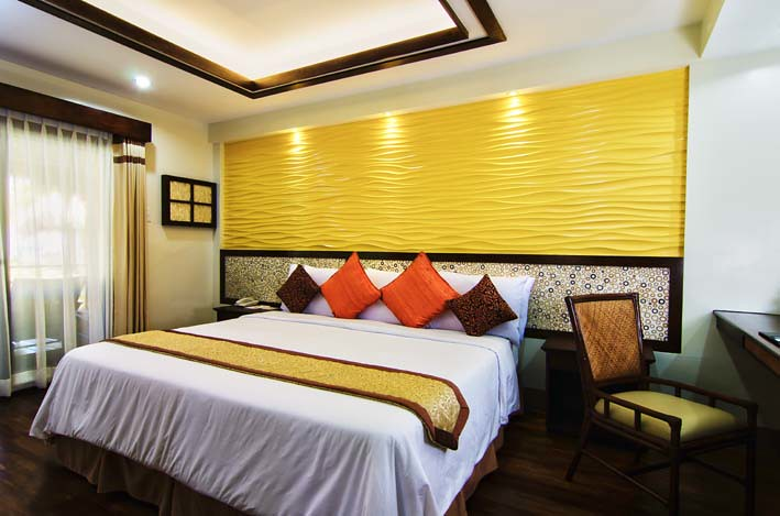 Bohol Beach Club - Beachview Suite Bedroom
