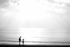 (tarpa600r) Tags: ocean family bw macro beach ex monochrome pentax sigma f28 dg 70mm k10d