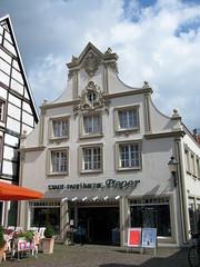 Warendorf (photobeppus) Tags: street urban buildings germany deutschland photography case nrw nordrheinwestfalen germania warendorf architectures