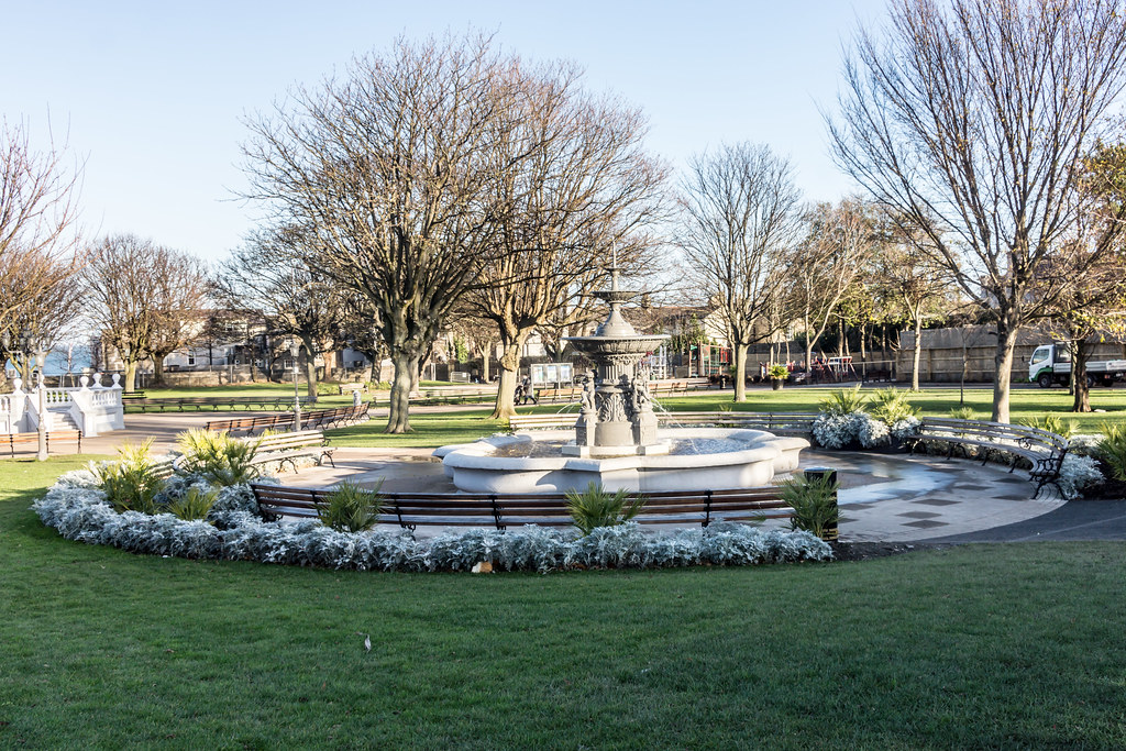 The People's Park In Dun Laoghaire [Ireland] Ref -100497