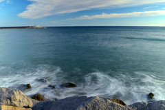 The secret of the sea (marinadelcastell) Tags: sea mer lighthouse faro mar meer mare wave vague far phare ola onda woge leuchtturn