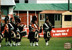 Pipe Band Christchurch 1988 V1.1-tweed jacket photos (The General Was Here !!!) Tags: christchurch scotland photo pix kilt 1988 scottish marching kiwi kilts 1980s piping drill pipers chanter pipeband drones kiwiana scottishmusic inuniform addingtonshowgrounds scottishmusichighlandmusic