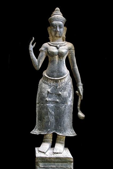 Cambodia - Ta Prohm Temple - Devata - 01b