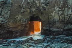 Sun Portal (mojave955) Tags: usa america canon unitedstatesofamerica bigsur westcoast centralcalifornia pfeifferbeach   600d sunportal   keyholerock  eos600d rebelt3i