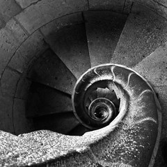 Endless stairs (Sophie et Fred) Tags: barcelona bw church familia architecture stairs spain nb catalunya espagne sagrada barcelone catalogne
