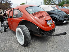 1971 Volkswagen Beetle (splattergraphics) Tags: vw volkswagen 1971 beetle custom carshow volksrod sledfest duncannonpa hooliganscarclub