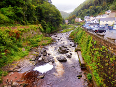Lynmouth, North Devon (photphobia) Tags: uk bridge summer holiday building water architecture buildings river cloudy outdoor overcast devon lynmouth northdevon lynton oldwivestale lyntonandlynmouth