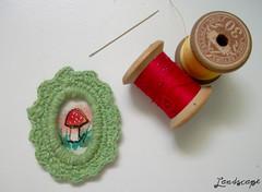 Mini Moldura - Cogumelo (My Own Landscape Dreams) Tags: cogumelo bordado moldura myownlandscapedreams haberdasheryinspiration thasmelo freeembroiderymachine