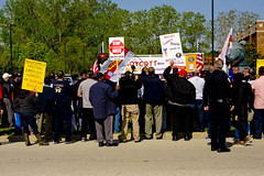 BCTGM Union Workers Protest Mondelez-Nabisco Off-Shoring Jobs to Mexico 5-18-16 0048 (www.cemillerphotography.com) Tags: food cookies workers labor union rich poor meeting demonstration solidarity strike snacks freetrade boycott pension bluecollar salary whitecollar shareholders compensation layoffs ceos jobloss goldenparachute incomeinequality corporateprofits faxctories stockbuybacks