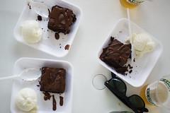 Brownie de arroz preto com sorvete de iogurte (gastronomiaempauta) Tags: food festival rice arroz culinria valedoparaba trememb