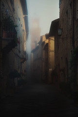Pienza/Tuscany one misty morning (wolffslicht) Tags: morning italy mist outdoor tuscany pienza streethouses