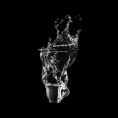 water 3 (Gabo Gonzalez G.) Tags: agua caja negra box water studio elinchrome nikond810 shoot