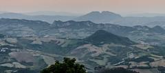 20140603-Garda-2919-IPAD (Rudi Stoelen) Tags: italien italy berg zonsondergang italia sanmarino bergen italie landschap emiliaromagna heuvel plaatsen helling landschappen heuvels zonsondergangen hellingen italië bergenheuvels