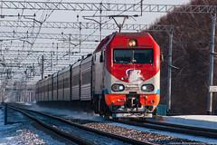 EP2K-026 on Ob'-Chik section at Sady, Transsib. 16.11.2014 (alexcashman801) Tags: show sun snow electric train sunny telephoto locomotive passenger transsib 026 sady rzd ep2k ep2k026
