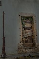 ........ (Ulises Narvez) Tags: door canon eos rebel puerta madera antigua viejo t3i 600d
