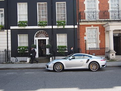 Perfect combination of house and car in Mayfair!