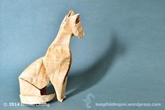 Goddess of Cats (mitanei) Tags: animals paperart origami egypt papyrus bastet keepfoldingon catorigami origamibastet papyruscat origamipapyruscat origamipapyrusbastet papyrussculpture ägyptenbastet