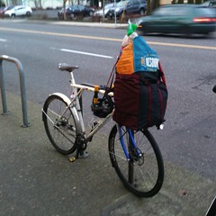 Overloaded (Tysasi) Tags: gt talera fixie fixedgear cargobike shopping porteur randonneuse randonneur bike sweetfixie