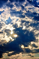 Dos dioses (Blas Torillo) Tags: blue sunset sky naturaleza sun sol nature beauty yellow azul mxico clouds landscape mexico nikon paisaje amarillo cielo nubes puestadesol sunrays puebla belleza cuetzalan rayosdesol professionalphotography fotografaprofesional mexicanphotographers d5200 fotgrafosmexicanos nikond5200