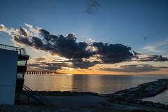 Sun setting over the Bridge (Infomastern) Tags: bridge sunset sea sky cloud himmel bro hav solnedgng moln resundsbron brofstet