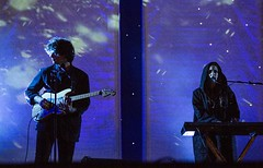 "Primavera Sound 2016 - Beach House - 1 - M63C0642 • <a style=""font-size:0.8em;"" href=""http://www.flickr.com/photos/10290099@N07/27384433131/"" target=""_blank"">View on Flickr</a>"