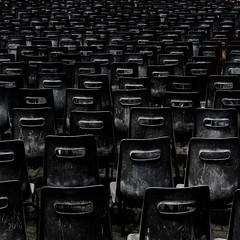 The intruder / L'intruso (Giorgio Ghezzi) Tags: vatican chair sanpietro sedia stpeter giorgioghezzi