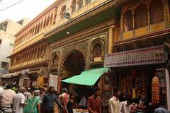 Shri Dwarikadheesh Ji Temple, at Mathura (ilovethirdplanet) Tags: india temple mathura ind uttarpradesh