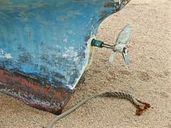 sec (chtiroux) Tags: bretagne bateau hlice