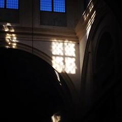 fantasmi luminosi - ghosts (chpaola) Tags: light italy window square arch interior lofi squareformat mantova sunbeam mantua iphoneography basilicadisantabarbara instagramapp uploaded:by=instagram