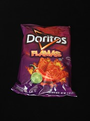 Flamas Doritos (pepelipe) Tags: hot flames spicy cornchips doritos flamas