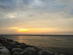 November Sunset (Hkan Dahlstrm) Tags: bridge sunset sky orange se skne sweden f22 uncropped malm iphone 2014 resund resundsbron limhamn iphonephoto iphone6 skanecounty iphone6backcamera415mmf22 sek 502112014152955