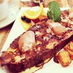 #Lolarosa #brunch #vegan #mileend #plateau #cafe #mimosa (JulieAube) Tags: canada valencia square vegan lola rosa québec squareformat brunch mileend montral déjeuné iphoneography instagramapp uploaded:by=instagram