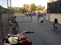 Workcycles bakfiets parked outside San Rafael Elem. (ubrayj02) Tags: pasadena bakfiets bakfietsen streetsblog workcycles bikela streetsblogla