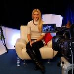 Pia Thurnherr med snemanjem oddaje Polka je kraljica na Veseljak TV.