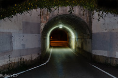caminando por jove (ruben cp) Tags: night noche tunel gijon lacalzada