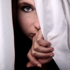 Ouverture (Christine Lebrasseur) Tags: portrait people woman white france eye art 6x6 canon hand veil hidden teenager fr onblack gironde 500x500 léane saintloubes allrightsreservedchristinelebrasseur