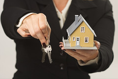 House and Keys in Female Hands (nrasproperty226) Tags: new white house home yellow architecture silver shopping keys real idea construction model holding hands hand estate realestate sale background unitedstatesofamerica small fingers property structure neighborhood business human buy housing service agent choice concept presenting rent conceptual build sell comparison residential selling purchase picking loan finance mortgage choosing ownership realty comparing