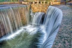 Canal de Castilla - Calahorra de Ribas (fotodiegoFL) Tags: espaa naturaleza nature canal nikon europa castilla palencia castillaylen largaexposicin ribas canaldecastilla calahorraderibas nikond3100
