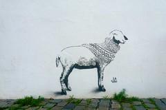 La Staa (motveggen) Tags: streetart stencil bergen dyr gatekunst lastaa streetartbergen