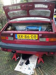 My Rapid undergoing maintenance (Skitmeister) Tags: classic vintage oldtimer klassieker klassiker classique carspot skitmeister car auto pkw voiture машина авто automobile netherlands holland niederlande xr86db skoda škoda czech