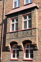 Wykusz (magro_kr) Tags: window architecture poland polska katowice okno slask lsk architektura slaskie lskie